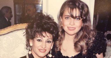 وردة الجزائرية في صورة من 20 سنة مع الإعلامية اللبنانية منى أبو حمزة هاشتاقات صحيفة إلكترونية شاملة مستقلة